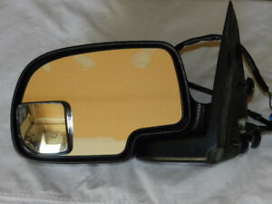 2006 GMC Sierra SLE side view  Mirrors