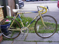 TEENAGERS RALEIGH ROAD BIKE 5 GEARS IN GREAT WORKING CONDITION