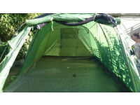4/5 PERSON TENT (as new)