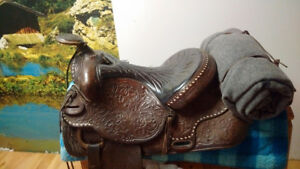 Lovely Hand Stitched TexTan western Saddle!