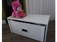 Blyton Toy Sorter & Storage Bench - ex display