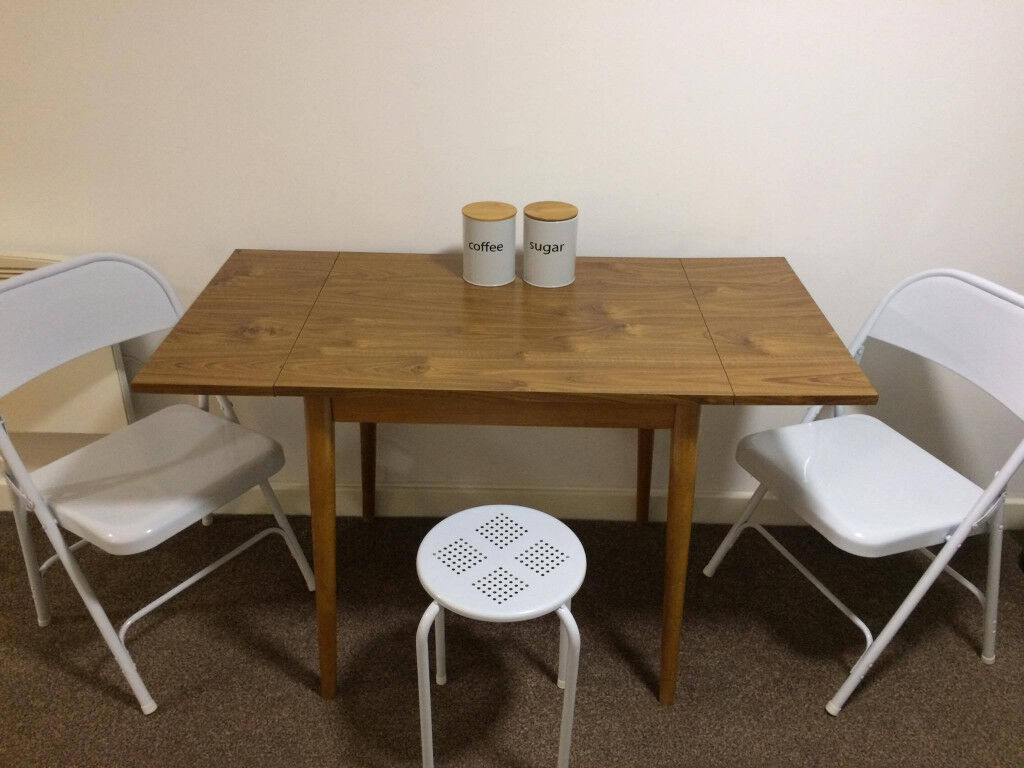 Scandinavian Style Dining Table Chairs X2 And Stools