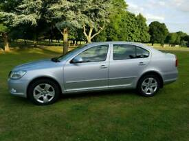 SKODA OCTAVIA ELEGANCE 2009 (09) 1.9 TDI 5 DOOR HATCHBACK EXCELLENT CONDITION THROUGH OUT