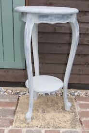Pretty Vintage Occasional Table