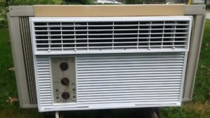8000 btu air conditioner in brand new condition all parts inc