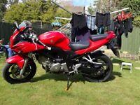 Suzuki SV650S Red 2005