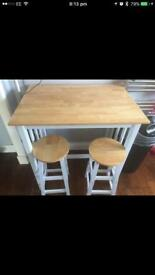 Kitchen bench and 2 stools