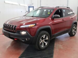 2015 Jeep Cherokee Trailhawk  - Back Up Camera - UCONNECT - Allo