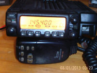 icom ic-207H vhf/uhf transceiver