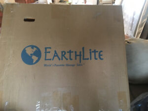 MASSAGE TABLE NEW IN BOX Earthlite Harmony DX Portable black 905