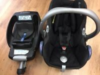 Maxi-Cosi Cabriofix Baby Carseat with Easyfix base.