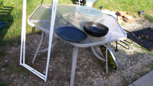 Reduced again to FREE! Hexagon patio table.