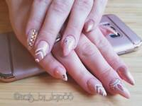 Mobile nail artist/ technician Glasgow