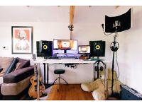 Music studio, surrey. CHEAP STUDIO RATES!