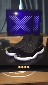 AIR JORDAN 11 Space Jams SIZE 11