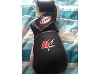 T sport black and white boxing gloves