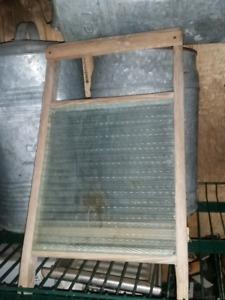 Antique dove tail wash board