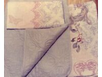 Colourful Single Duvet Cover with a matching bedspread