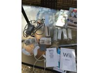 Wii, Wii fit, Wii Sport and 2 Wii mats with all accessories