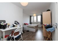 Double Room LUXURY LIVING - EAST LONDON PRICES. NO AGENCY FEE ALL BILLS INCLUDED