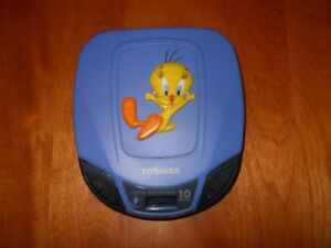 Rare Looney Tunes Tweety Bird CD Player & RCA Cassette Player