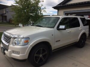 2007 Ford Explorer Limited SUV