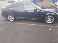 Beautiful C220 Merc in Excellent condition. Leather seats, Diesel, Automatic, service history. Black