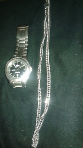 LACOSTE watch and silver necklace