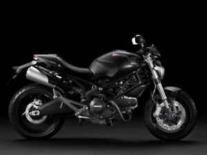 2014 Ducati Monster 696 with only 1800Kms