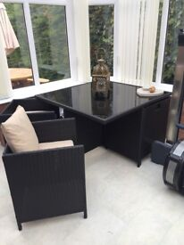 Rattan effect cube table