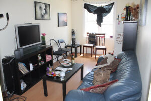 Spacious 3 Bedroom Apt Bloor Ossington Station Pt Furnished Aug1