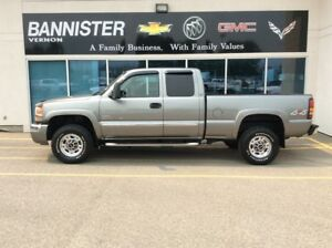 2006 GMC Sierra 2500HD 2500 Double 4x4 SLE / Standard Box