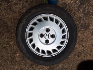 Attention Honda Owners  p195 / 60 r 14 on 4 bolt Prelude rims!