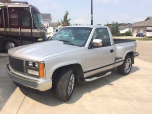 1989 GMC Sierra 1500 SLE Step Side Short Wheel Base