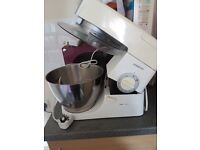 Kenwood KM366 Classic Chef Mixer and Blender