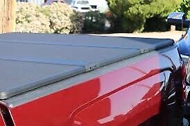 Chevy Chevrolet GMC Canyon Tonneau Cover