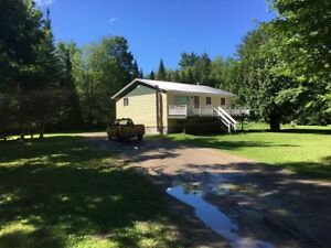 310,000 House for sale - 2 Acres - Muskoka