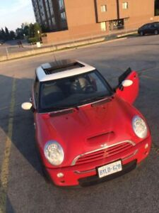 Mint Condition Mini Cooper S 2008 - Red, Manual