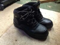 Safety boots black size 9, (43). As new. Screwfix 'Site' model