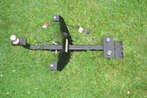 Trailer Hitch Assembly