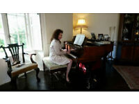 Experienced Piano Tutor - Fluent Polish/English Speaker - Friendly and Supportive