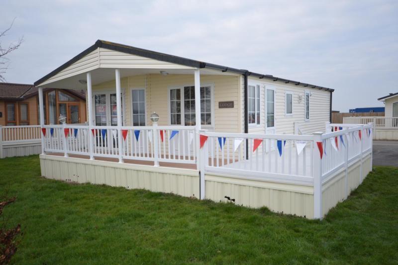 Static Caravan Steeple, Southminster Essex 2 Bedrooms 4 Berth Brentmere