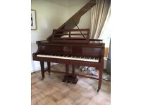 Beautiful baby grand piano selling due downsizing. SOLD awaiting collection