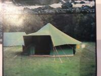 Military style tent 'Conquest Basecamp 10' by Muta