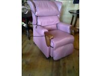 Leather ryclineing chair