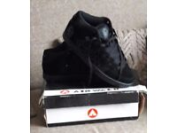 Size 12 Men's Trainers
