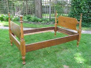 Antique Wood Three Quarter Bed