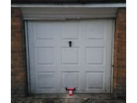 Lock-up garage to let Walsall / Rushall