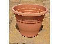 Medium Brown Plastic Garden Plant Flower Pot Planter Container