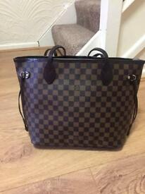 Louis Vuitton medium size neverfull bag